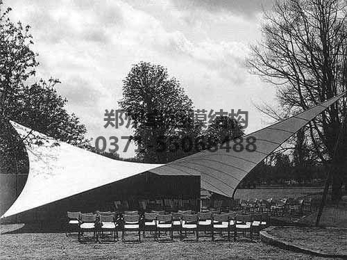 Frei Otto1955年德国园艺展膜结构设计