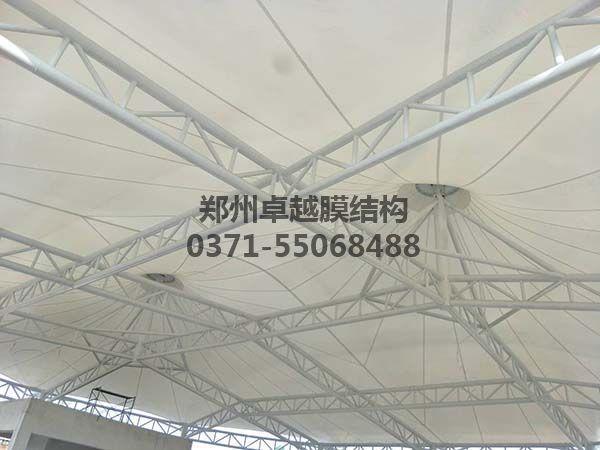 新郑中兴广场膜结构景观内部细节照