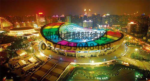 上海八万人体育场夜景