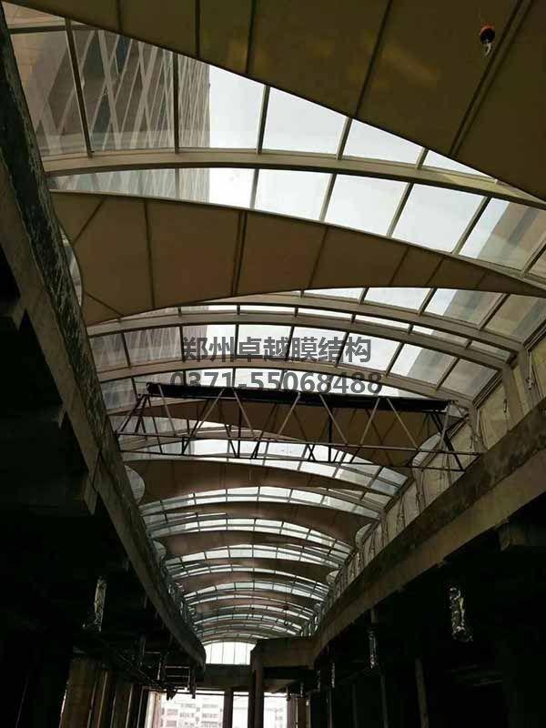 商丘柒悦城商场走廊膜结构屋顶