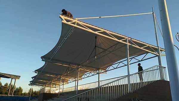张家口张北高中操场膜结构看台工程动态
