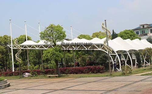 室外篮球场膜结构桁架设计