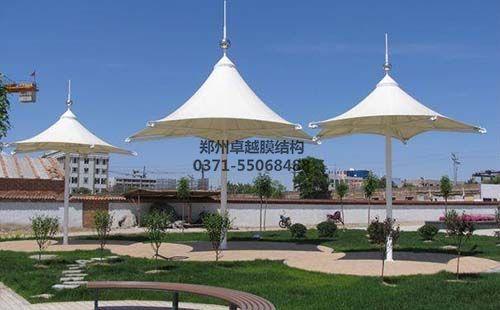 某社区广场膜结构遮阳棚