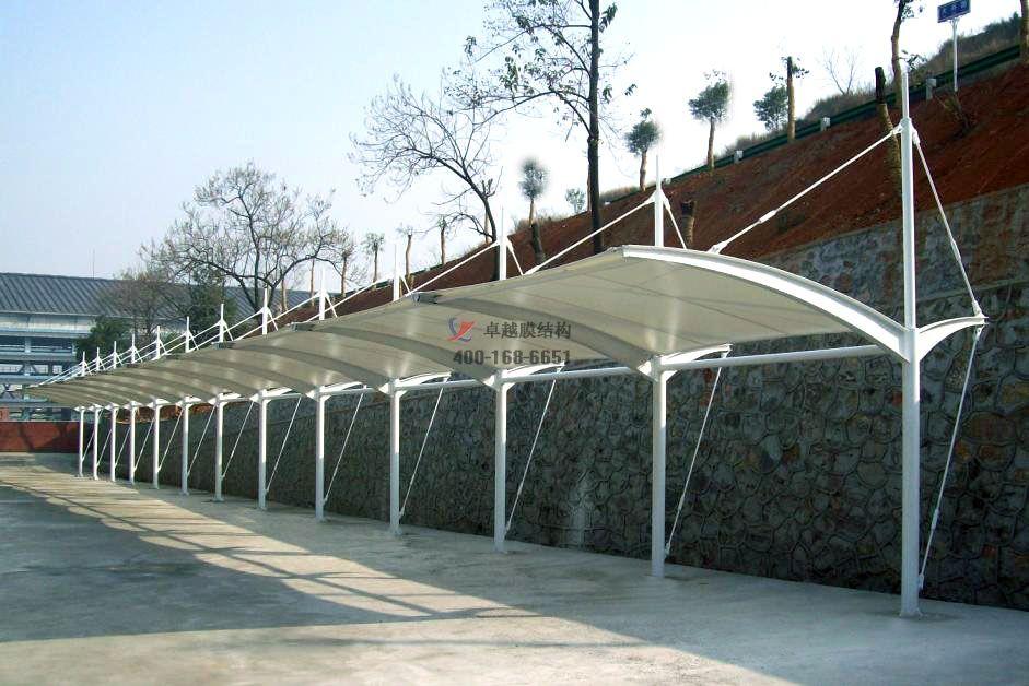 包头市膜结构车棚【包头市供水有限责任公司等】设计施工案例