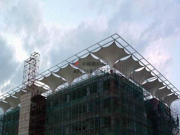 娄底膜结构顶棚ETFE透光膜商业街案例