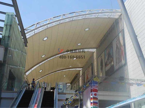 荆州膜结构顶棚ETFE透光膜商业街案例