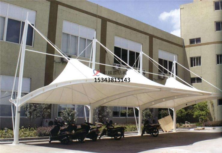 哈尔滨商业广场雨棚搭建